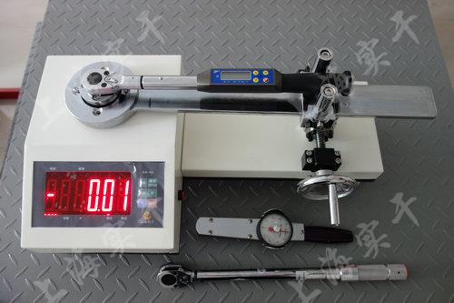 力矩扳手检测台(测试预置式扭力扳手)图片