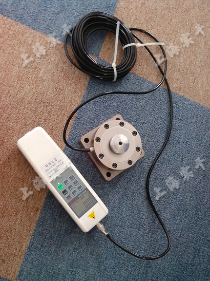 轮辐式外置数显智能测力仪(内螺纹)