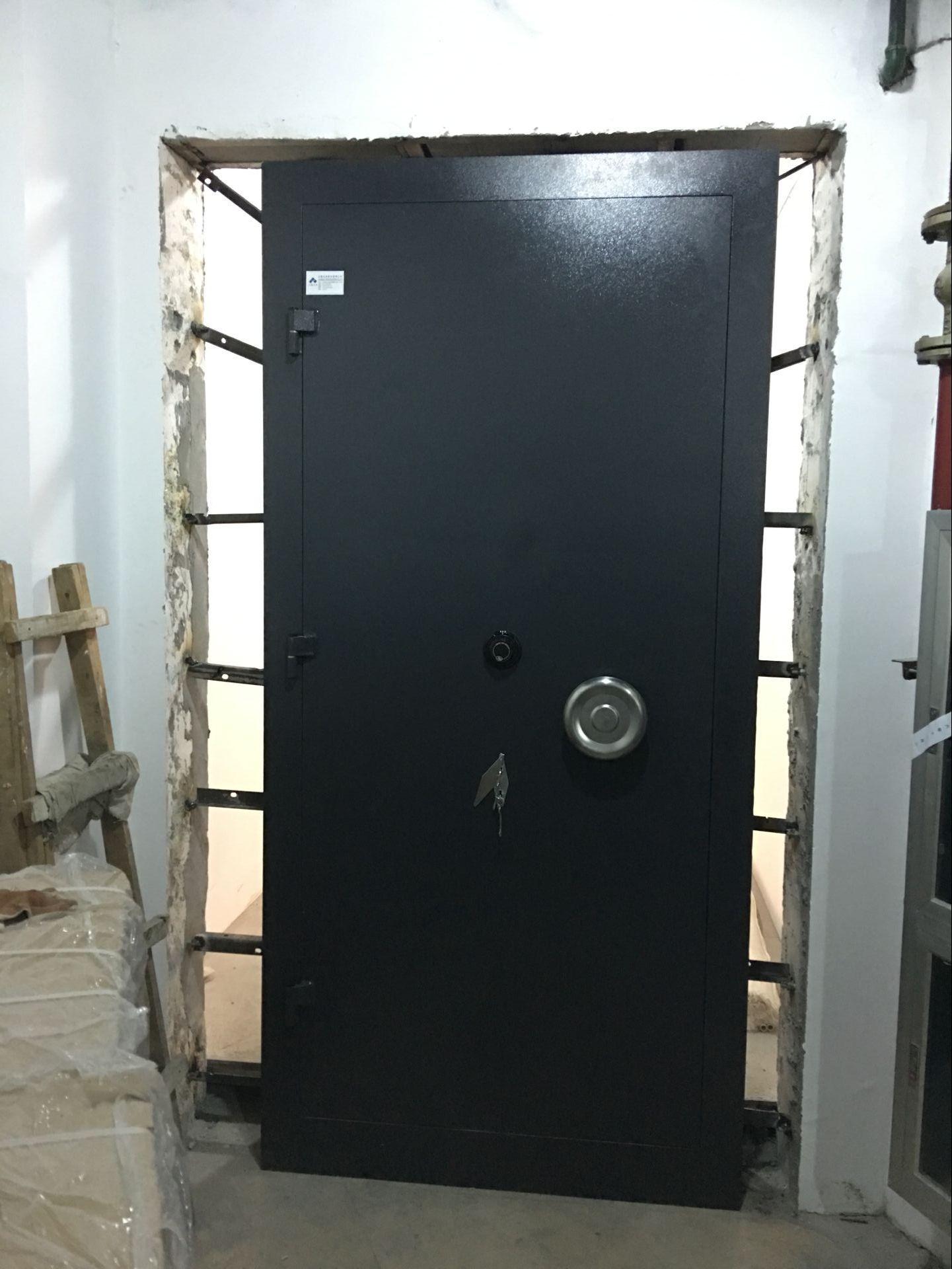 防盜安全門