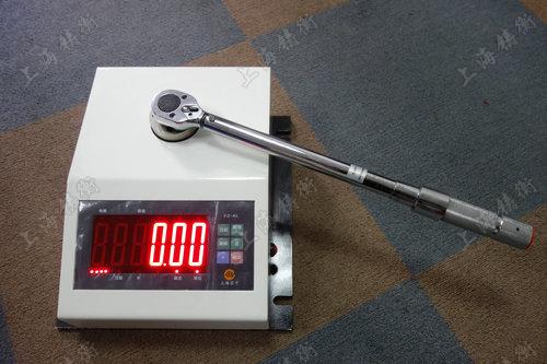 便携式数显扭矩扳手测试仪