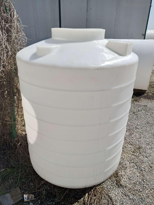 德州1.5吨塑料储水箱  聚乙烯储罐